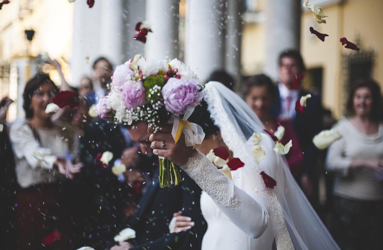 Con đường thực hành trong tâm để lấy chồng mà vẫn an lạc