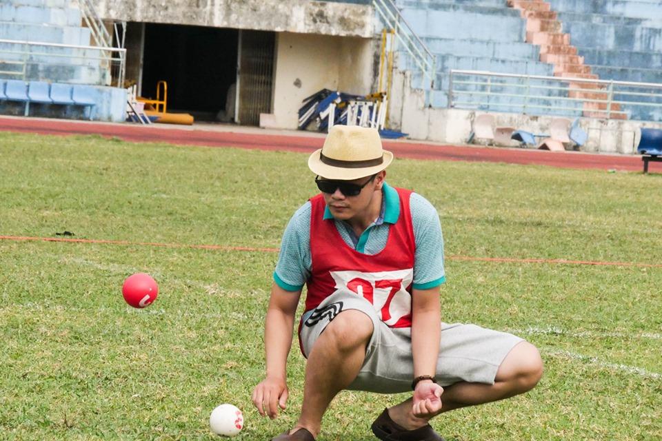 Bóng thủ Đoàn Phạm Thái Bảo - Wiserball Đà Nẵng tập ném trên sân